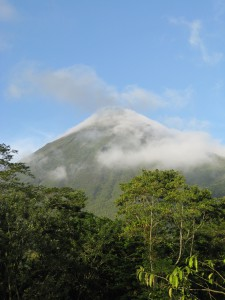 Arenal Volcano guided tour Reefs to Rockies