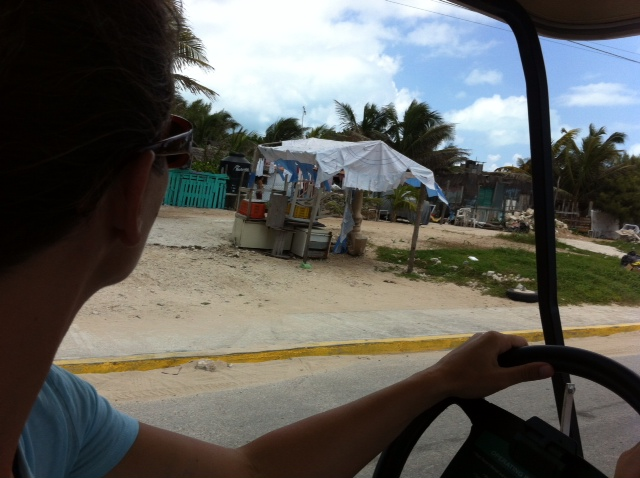 Driving to Isla Mujeres' south side.